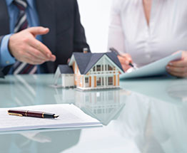 Защита прав собственников квартир при признании дома аварийным